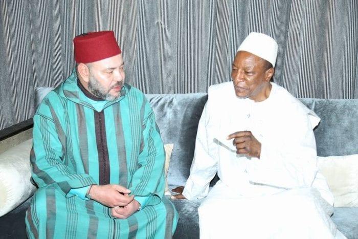Alpha Condé s'entretient avec le roi Mohamed VI à Conakry
