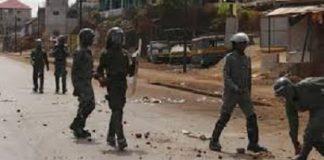 Violents affrontements des policiers dans un quartier de Conakry