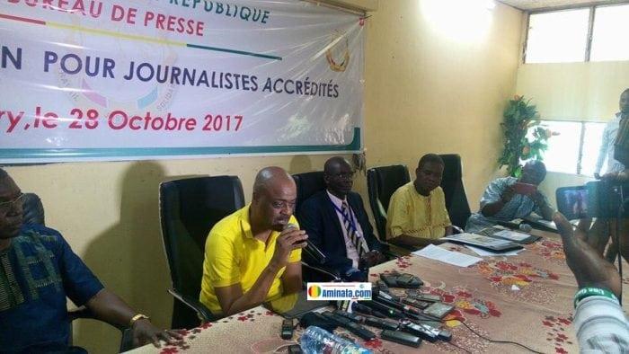Damantang Albert Camara et Moussa Cissé lors de l'atelier de formation des journalistes accrédités à la présidence