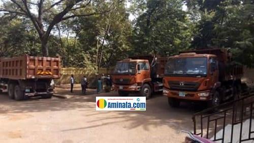 Trois camions Bennes offerts par Alpha Condé à la préfecture de Siguiri