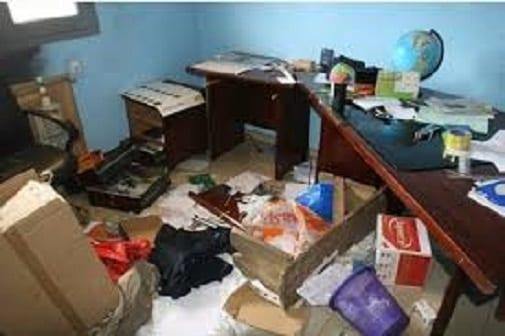 Un bureau cambriolé, insécurité en Guinée