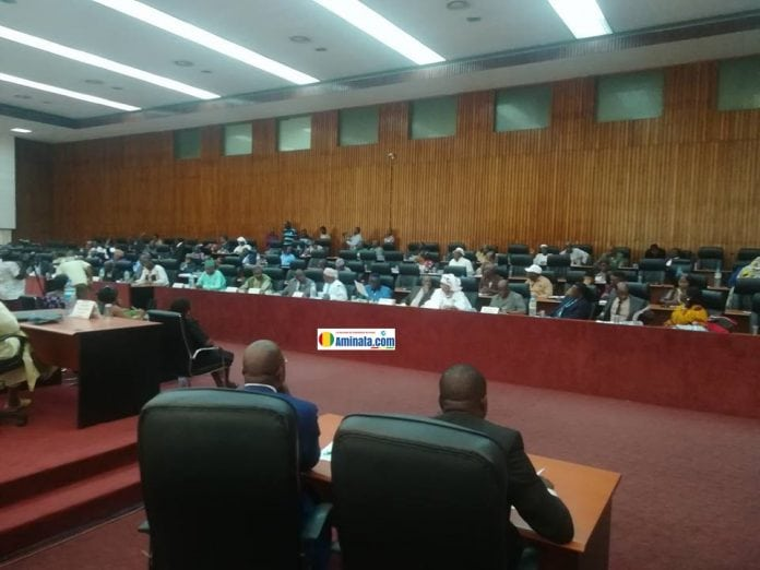 SociétéSession des lois 2018: Les députés adoptent un chronogramme partiel