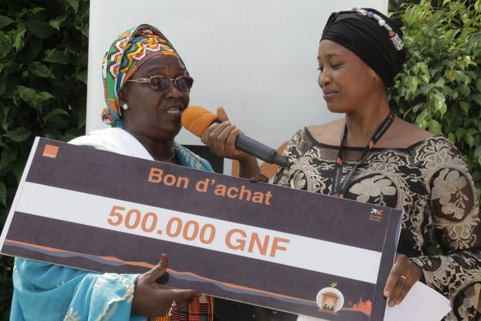 Mme Thiadji Boiro de Donka gagnante de la promo Orange Money