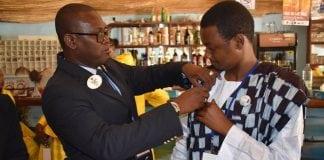 Alpha Diallo lors de son élection à la présidence du District Leo 403