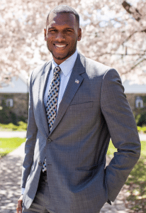 Charles Fall, élu député du parlement du Statent Island