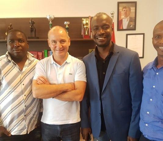 Fadi Wazni et des jeunes Kolaboui et jeunekollaboui