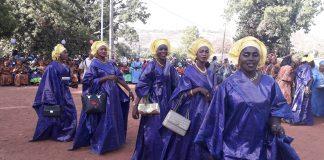 Une rencontre des femmes à Dinguiraye