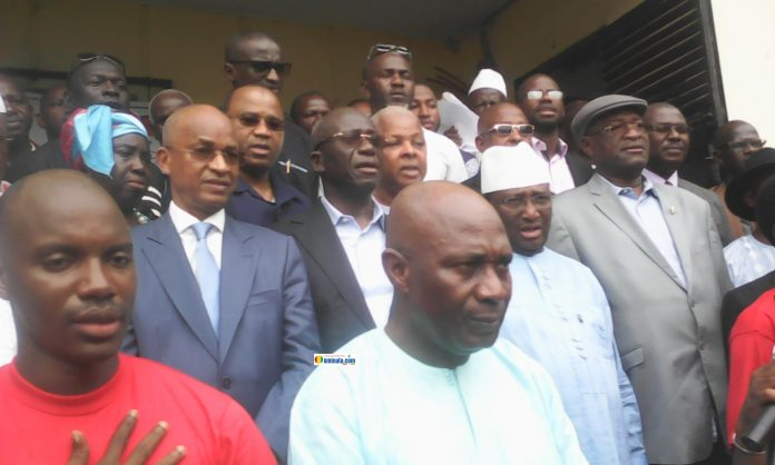 Abdourahmane Sanoh, Sidya Touré, Cellou Dalein Diallo tous membres du Le Front National pour la Défense de la Constitution (FNDC)
