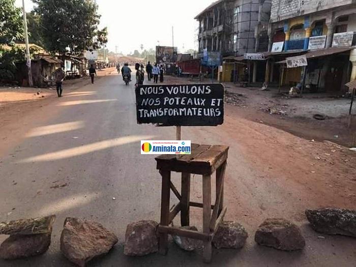 Barricade des manifestants de Kolabounyi