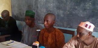 Des membres du collectif des victimes de Kaporo rails