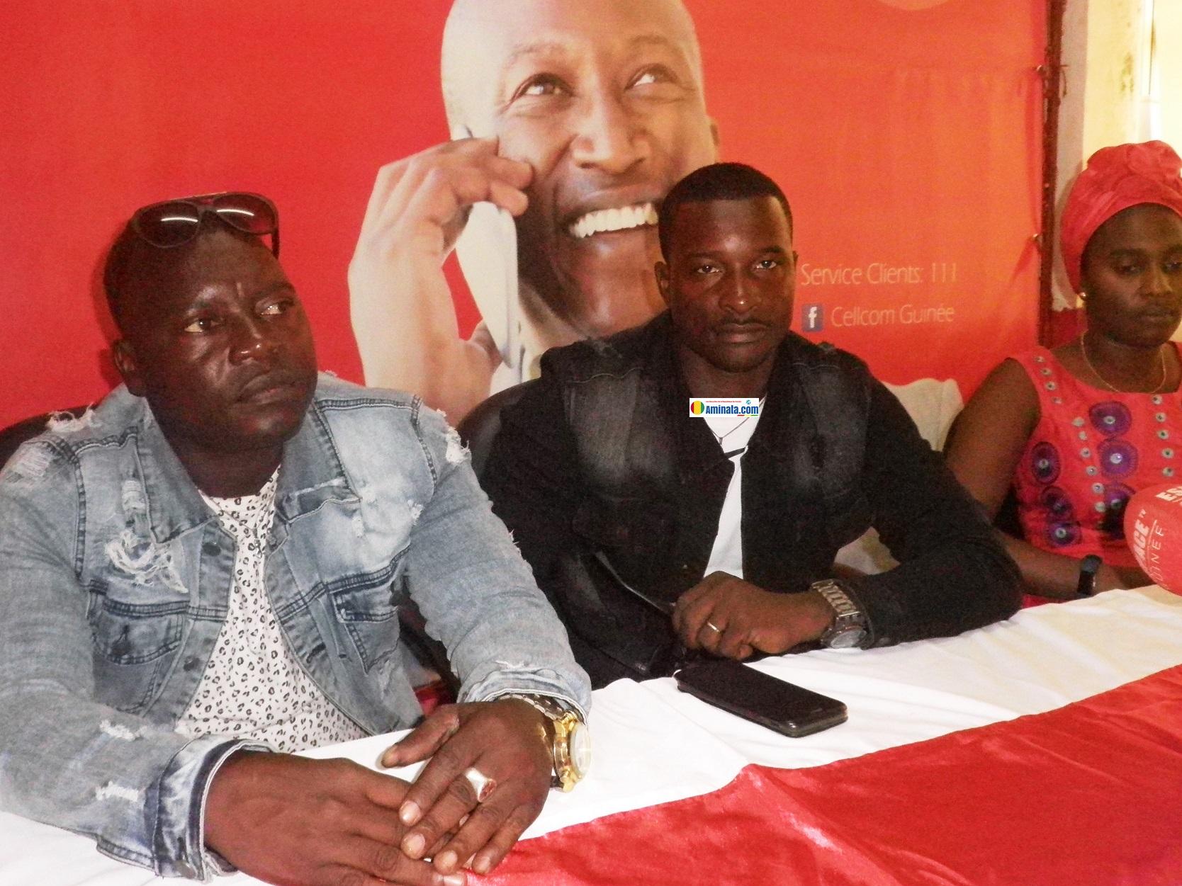 le groupe Espoir Kakandé lors d'une conférence de presse dans les locaux de Cellcom pour annoncer les couleurs de leur album