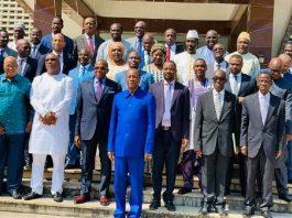 Les membres du gouvernement du premier ministre Kassory Fofana