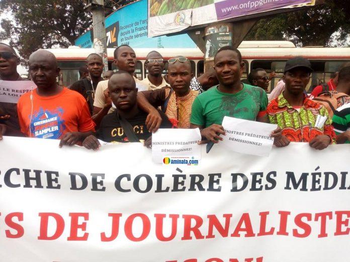 Marche de colère des journalistes pour réclamer la libération de leur confrère Lansana Camara