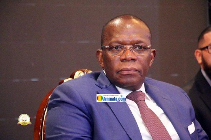 Ibrahima Kassory Fofana, premier ministre lors d'une conférence de presse sur le bilan de sa première année à la tête de la primature