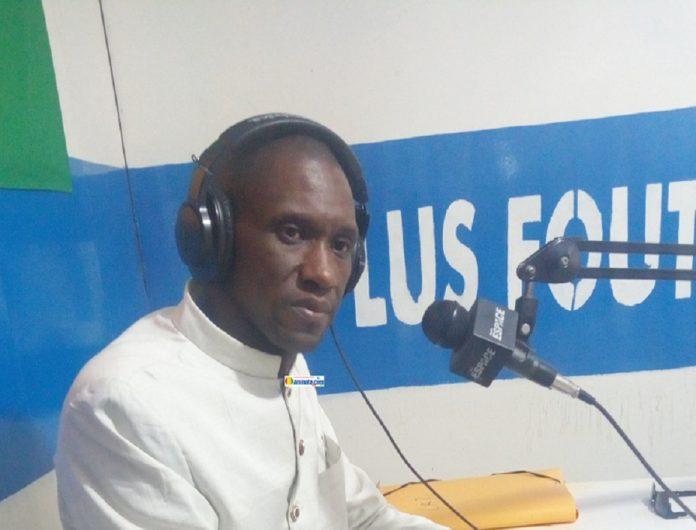 Mamadou Aliou Mosquée Diallo, porte-parole du front pour l'adoption d'une nouvelle constitution (FARC)