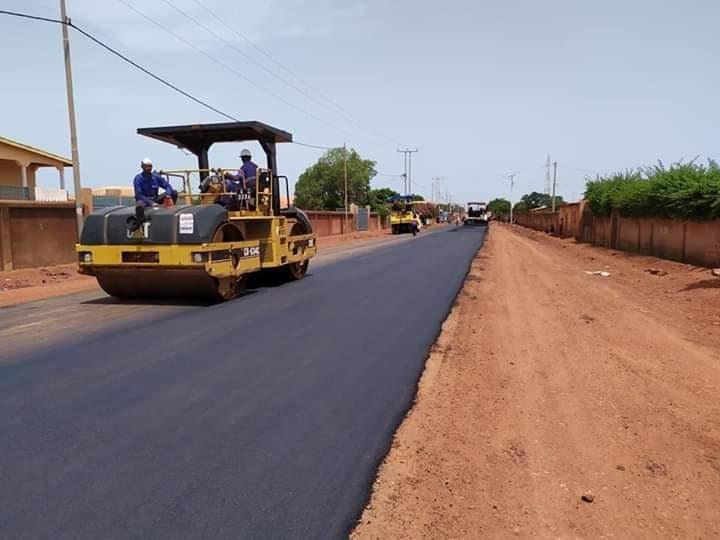 Une route bitumée dans la préfecture de Labé