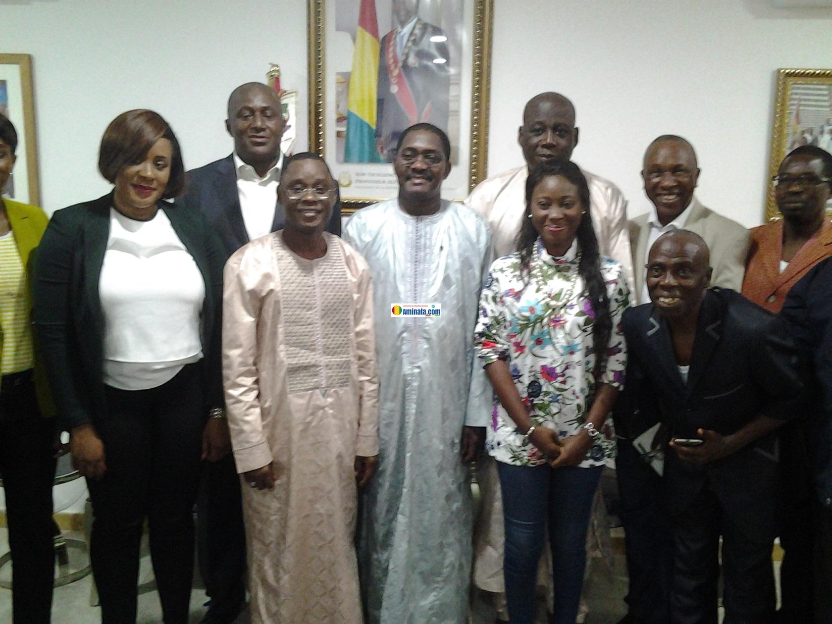 Bantama Sow avec une délégation de la Confédération des Ministres des Sports et de la jeunesse