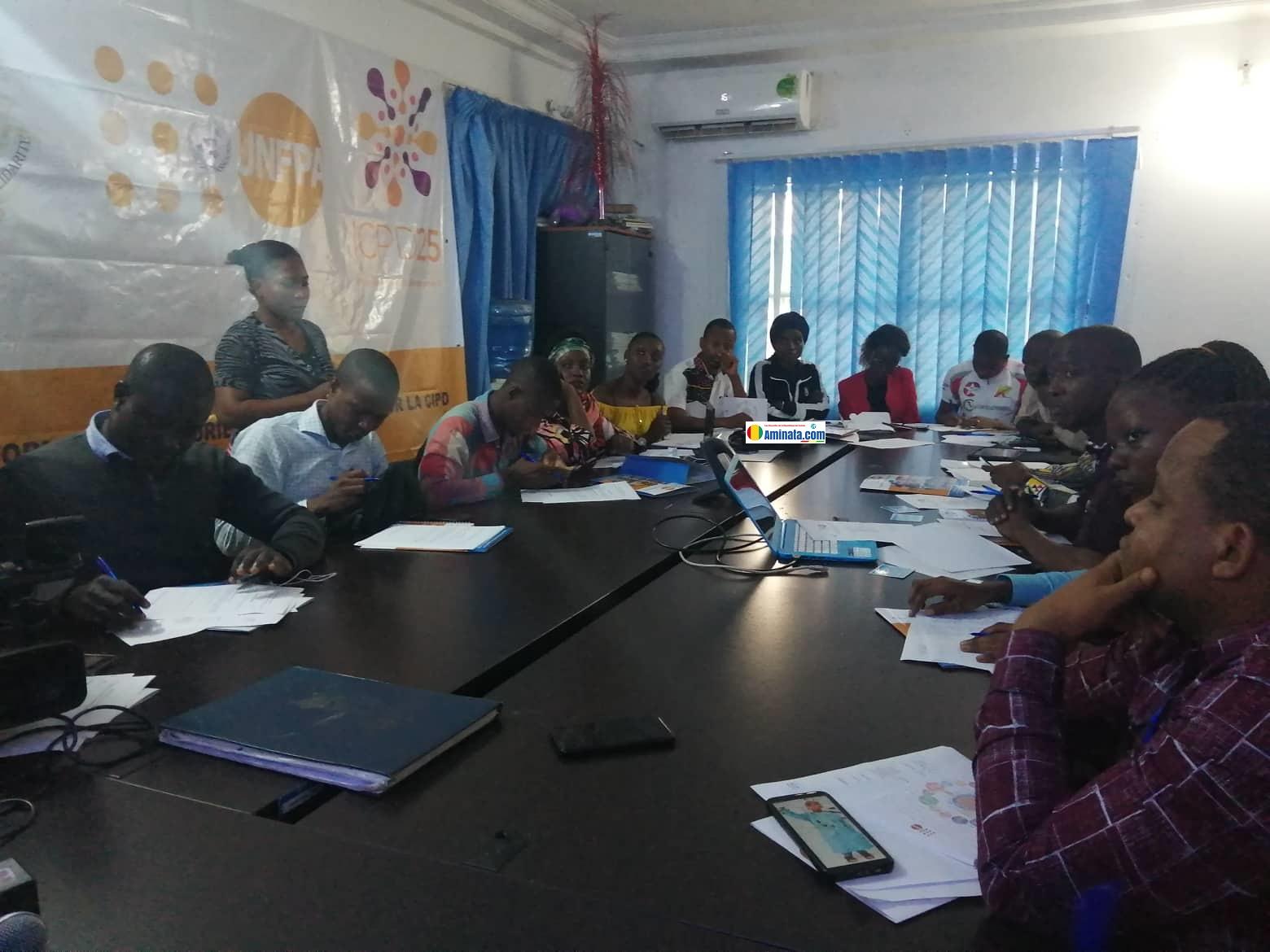 Des journalistes formés sur les notions de la CIPD en prélude à la 25e année après la conférence internationale sur la population et le développement