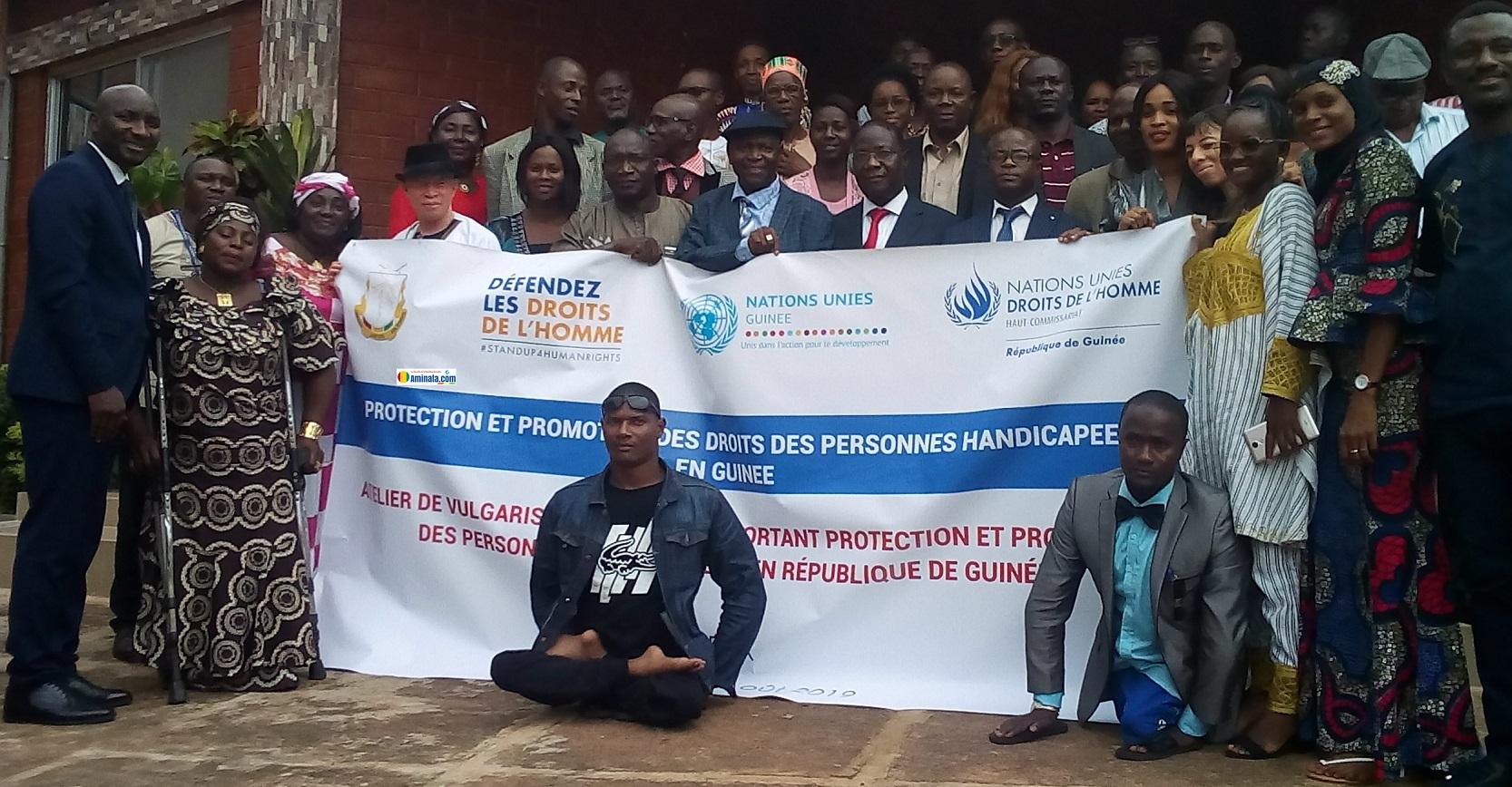 Des participants à l'atelier de vulgarisation de la loi portant protection et promotion des personnes handicapées