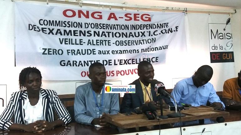 Des membres de l'Association Scolaire et Estudiantine de Guinée (A-SEG)