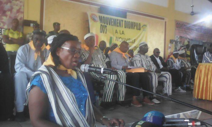 Des militants et responsanbles du RPG arc-en-ciel lors d'une assemblée générale ordinaire au siège du parti