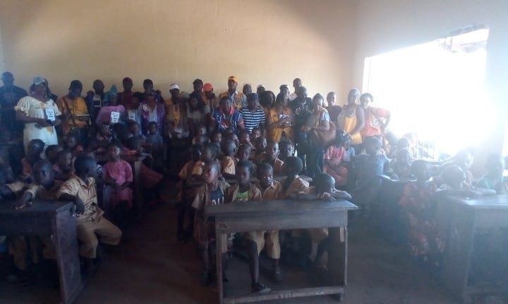 Des élèves de l'école primaire de Kassa