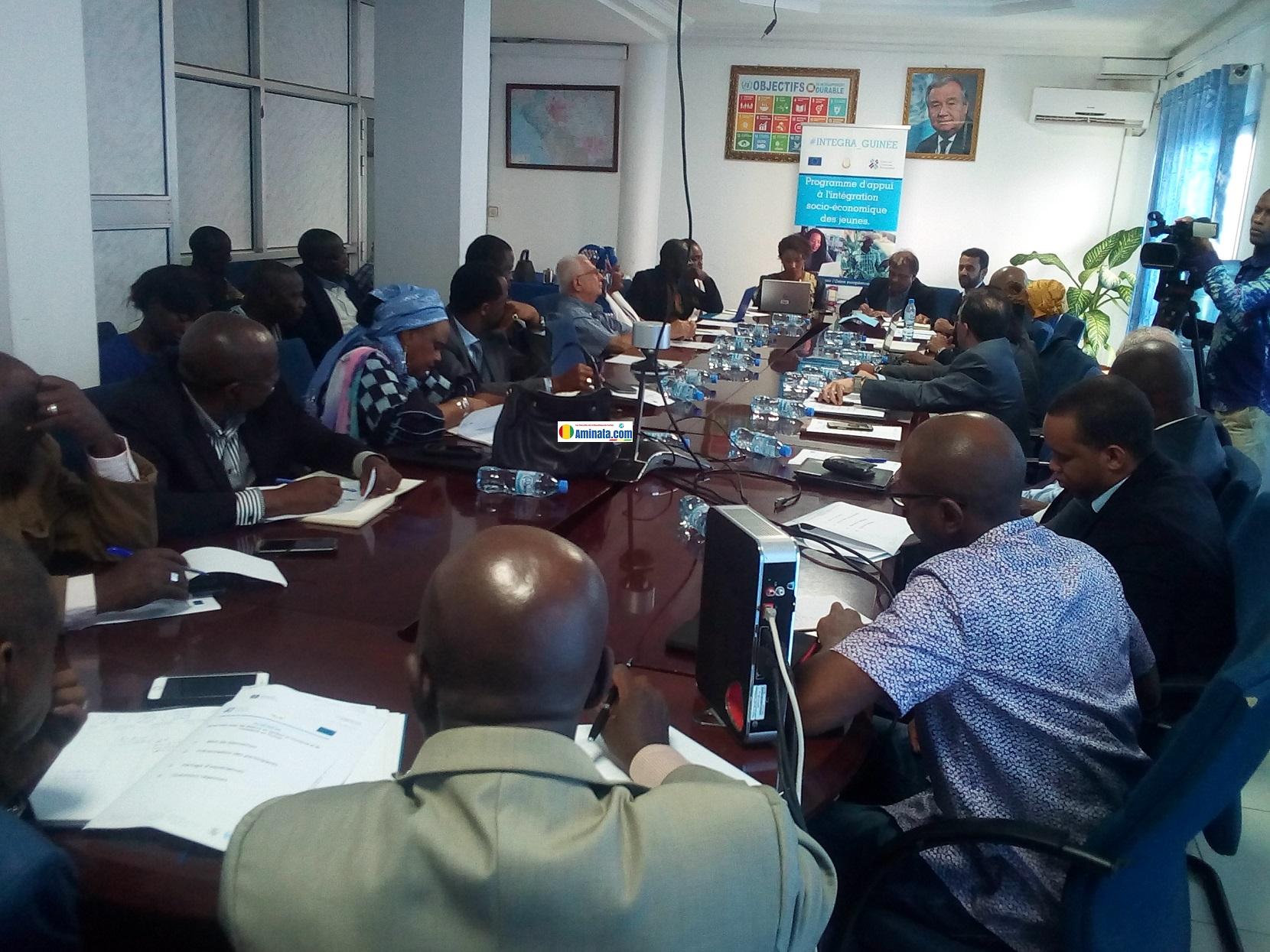 Ruben Phoolshund responsable du bureau Afrique de International Trade Center (ITC) rencontre des acteurs évoluant dans les secteurs de l'hôtellerie et du tourisme