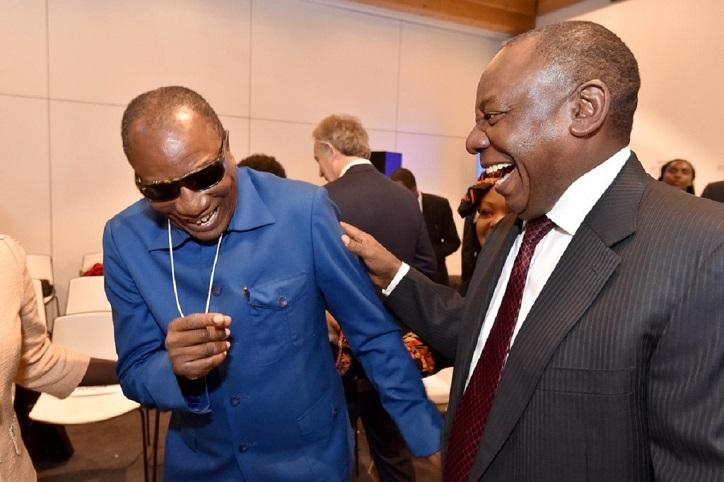 Alpha Condé et Cyril Ramaphosa lors d'une rencontre internationaleonale