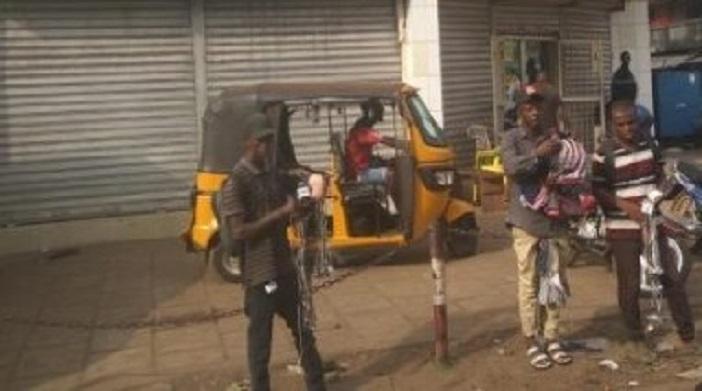 Des boutiques et magasins fermés à Madina à l'appel du Groupe organisé des hommes d'affaires (GOHA)