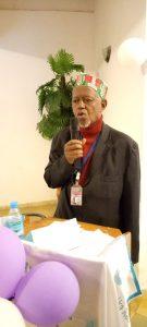 Elhadj Maadjou Diallo, coordinateur général du site Aminata en train de prononcer son discours de remerciement