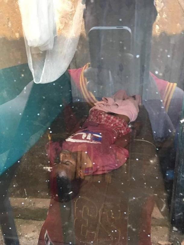 Le corps de Mamadou Sow tué par balle dans la poitrine à Cosa