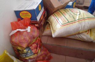 Des sacs de riz, d'oignons, des cartons de mayonnaises offerts par la Fondation UBA Guinée
